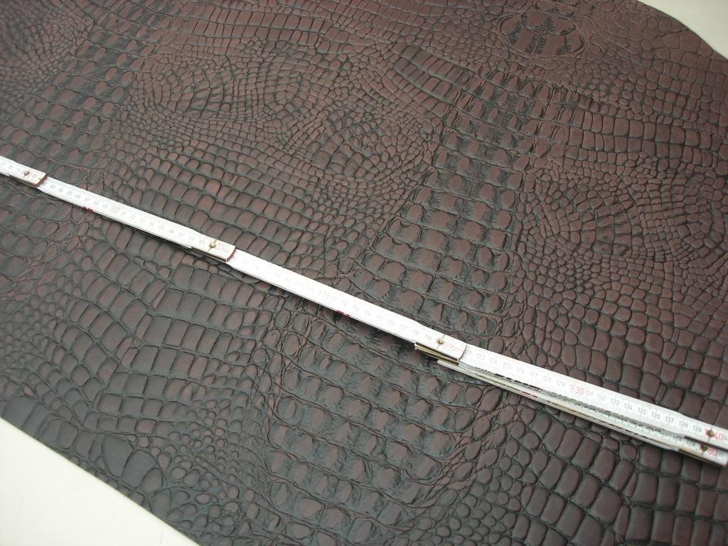 Wasserbüffelcroupon dunkelbraun Krokoprägung 3mm (EC2039KB) Zur Zeit ausverkauft