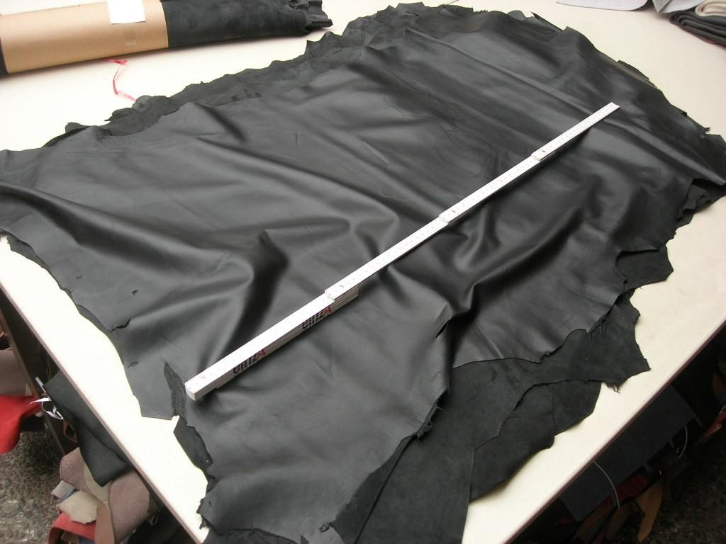 Lammnappa schwarz 0,6 mm (T2016LS)