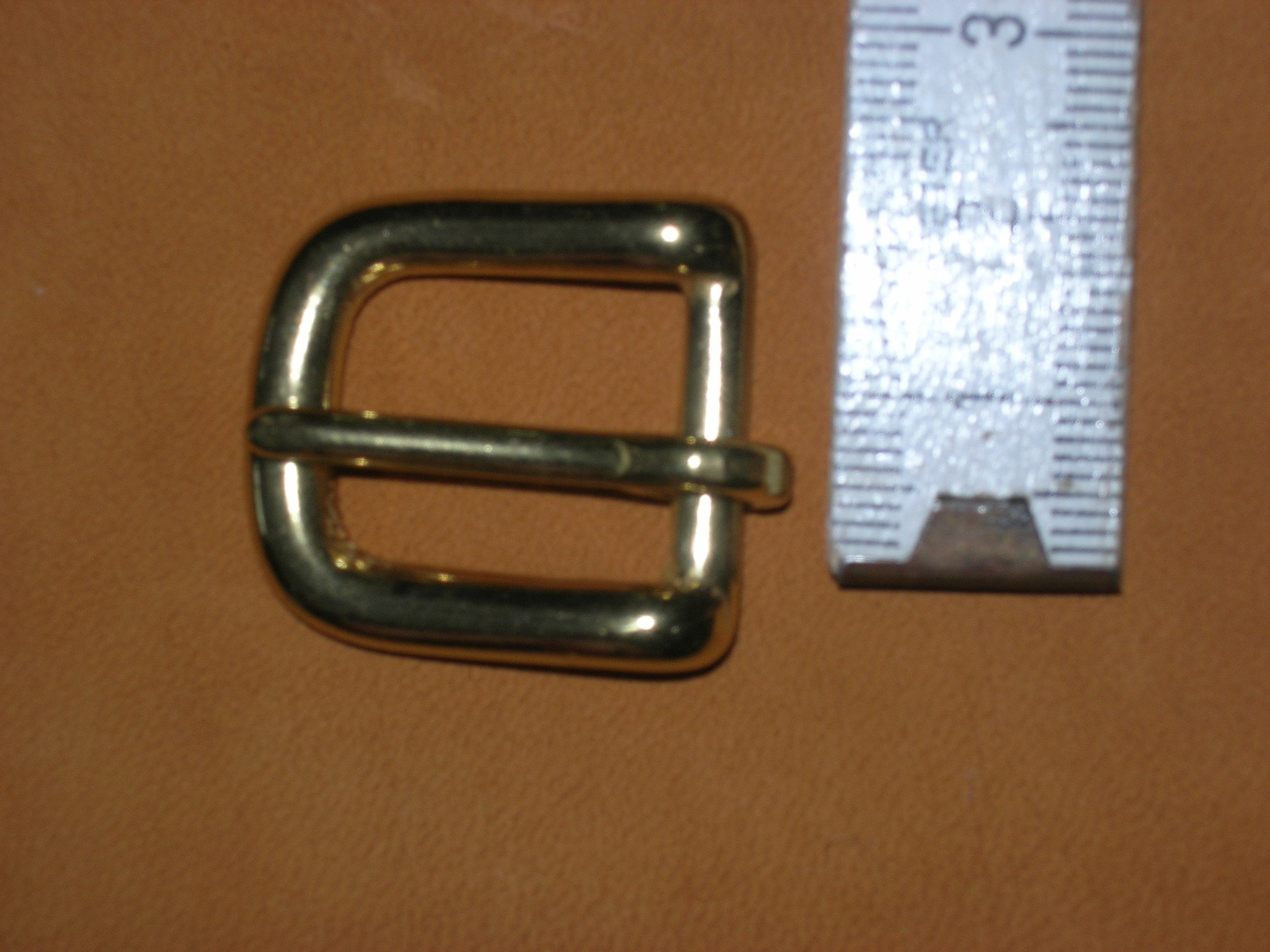 1,5 cm Messinghalbschnalle (12BN5/8)