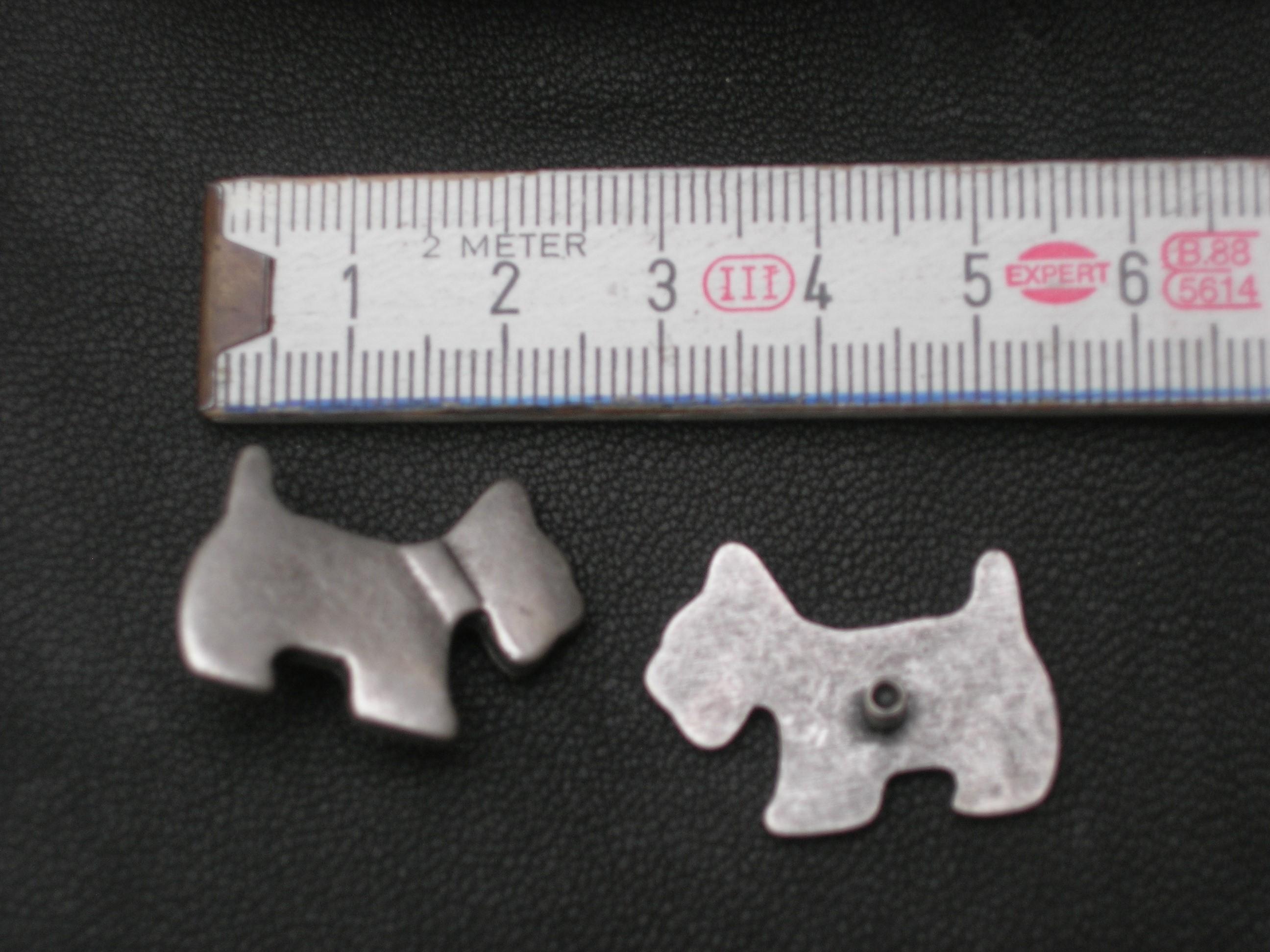 Zierteil altsilberner Hund (SS1310KAS)