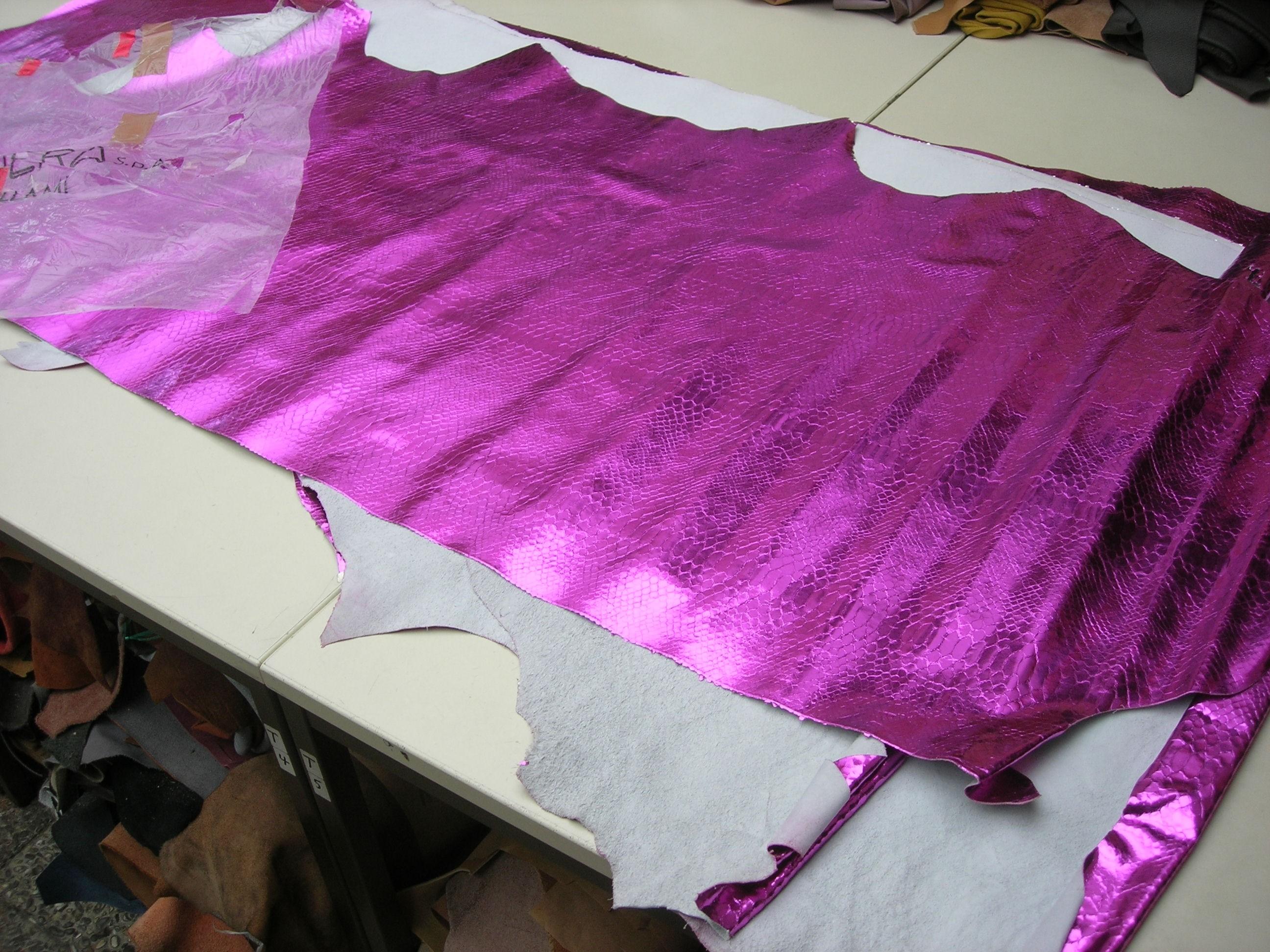 Kalbhälften pink-kroko-spiegelglanz (O1317PK)