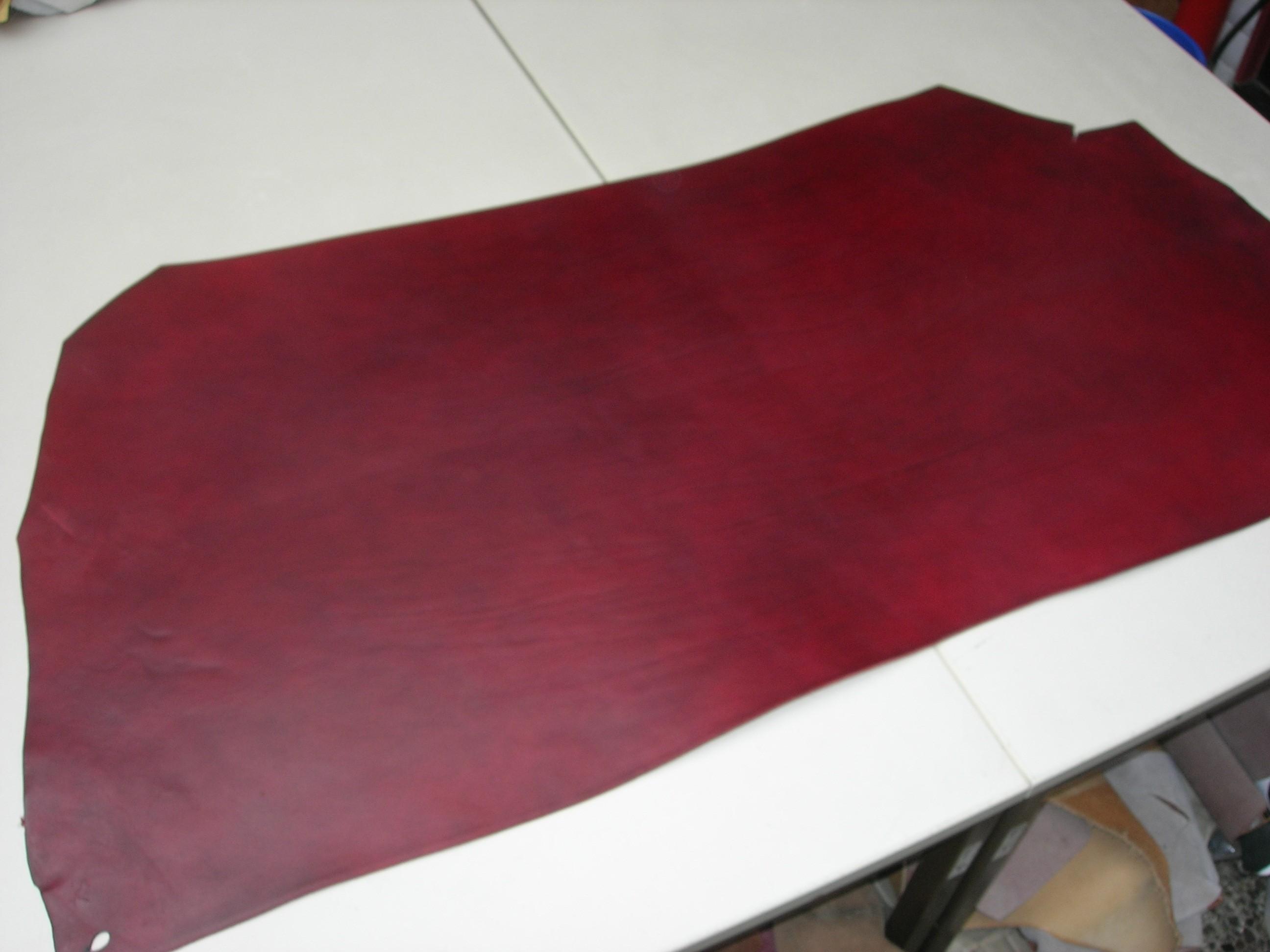 Rinderhals (I) rot (E186150R) 2,6-2,8mm