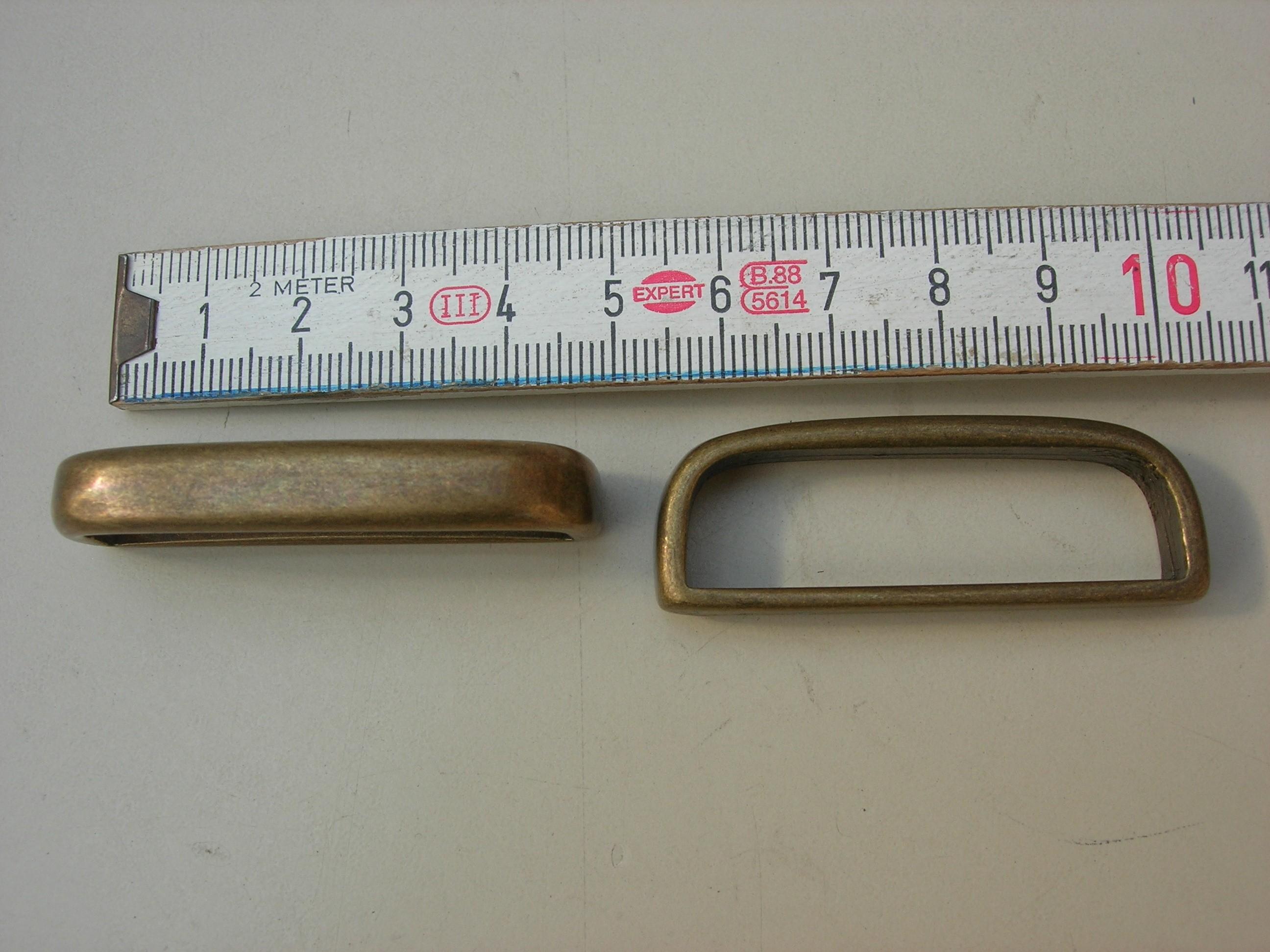 Schlaufe 4,5 cm altmessing (A1900SM)