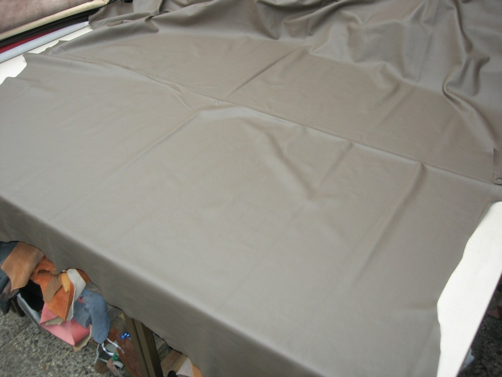 Möbelleder grau beige 1,3mm (E201150KGR17)