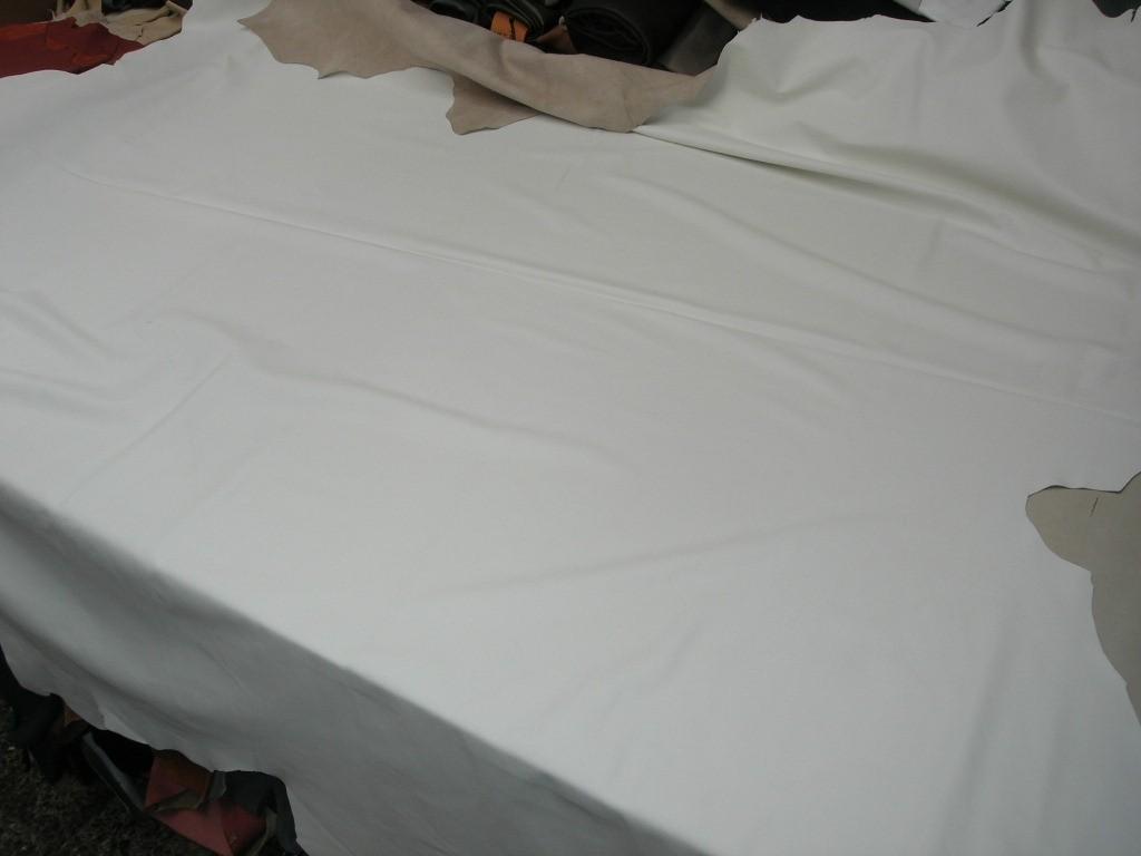 Möbelleder weiß 1,0mm (E201150KW3)