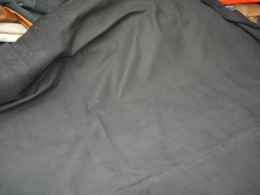 Rindnubuk schwarz 1,3mm (FA211950NB)