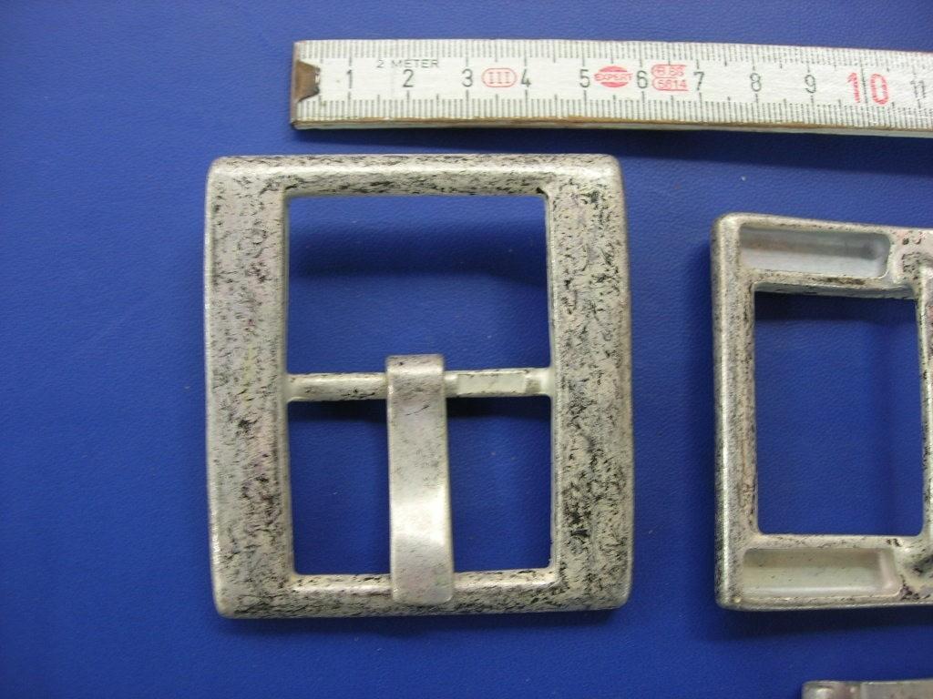 Doppelschnalle 4,0 cm altsilber (E19K50), Zur Zeit leider ausverkauft.
