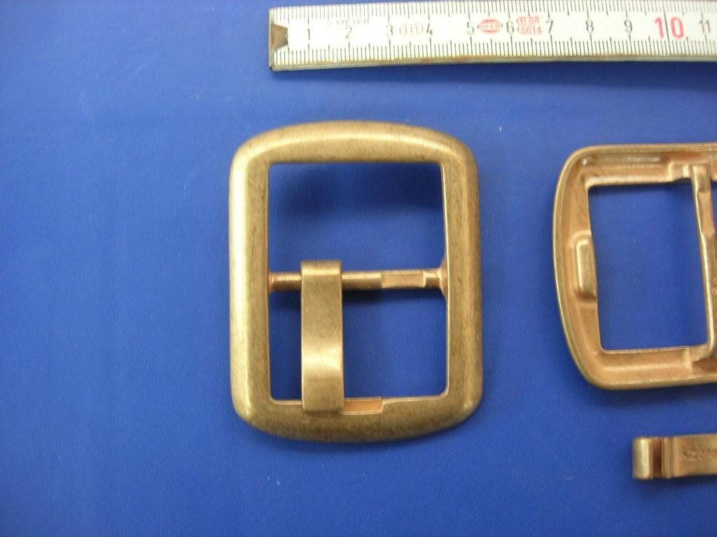 Doppelschnallen 4,0 cm rötliches altmessing (E19K61)