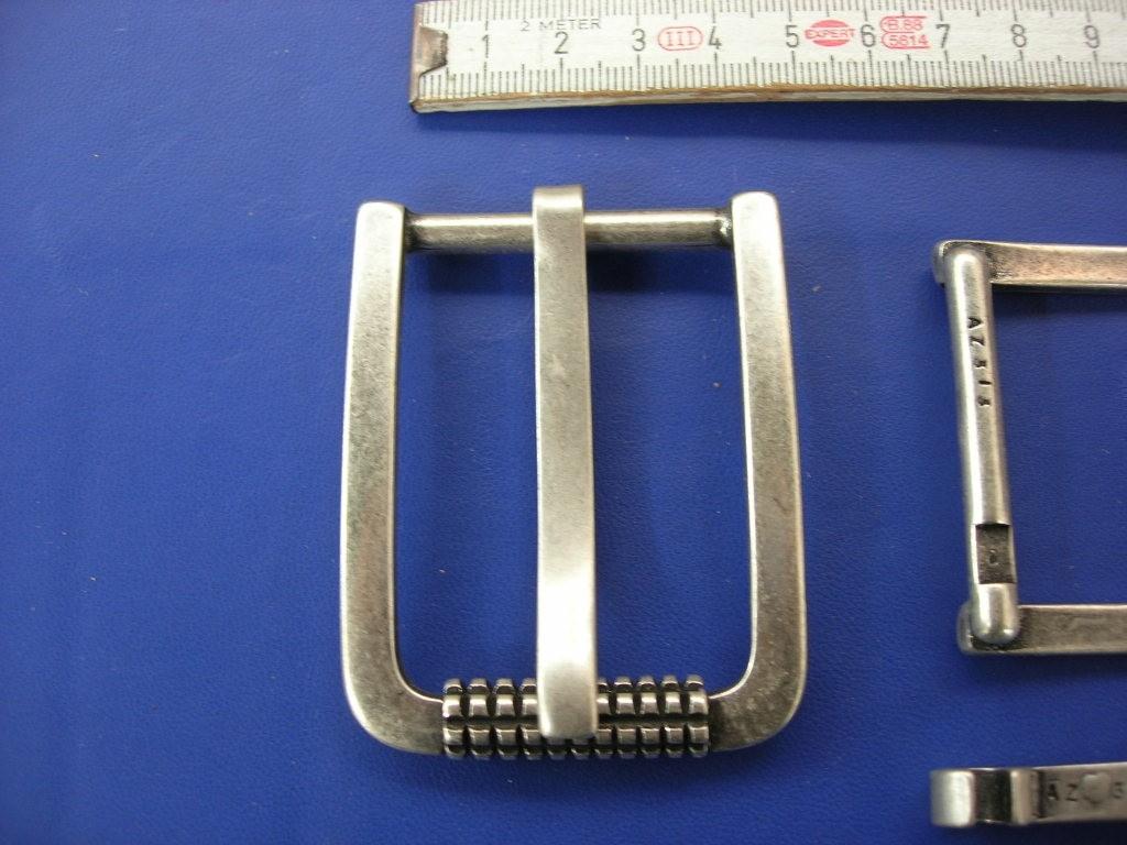 Rollschnalle 4,0 cm altsilber (E19K57)