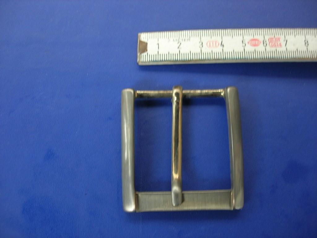 Halbschnallen 4,0 cm satiniert-messing/silber (E19K118)