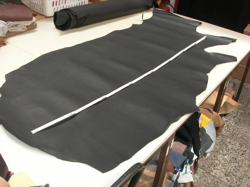 Rindbox schwarz 2,0 mm anilin standig (OR189KS)