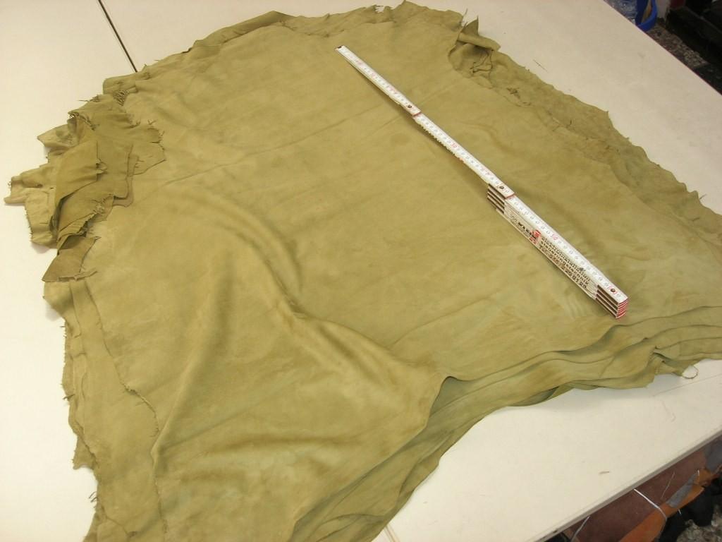 Ziegenvelour khaki 0,5 mm weich (O1015KG)