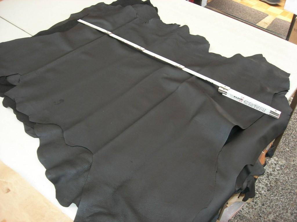 Hirschnappa schwarz 1,3 mm gedeckt (O0921)