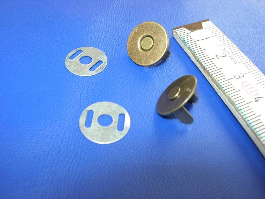 Magnetverschluss altmessing klein (MVKAME) 1,4 cm