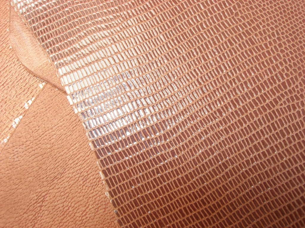 Ziegenleder Echsenprägung mittelbraun 1,1 mm (C1612KZ1)