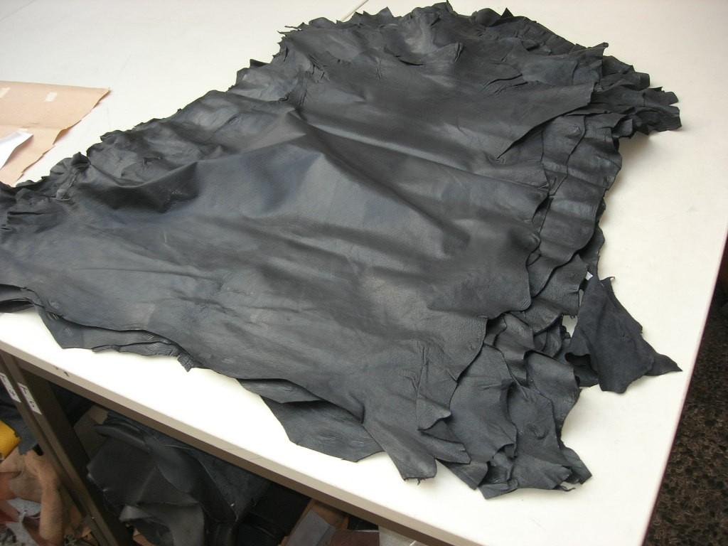 Ziegennarbenspalte schwarz 0,5 mm (E1810ZNS)  Zur Zeit ausverkauft