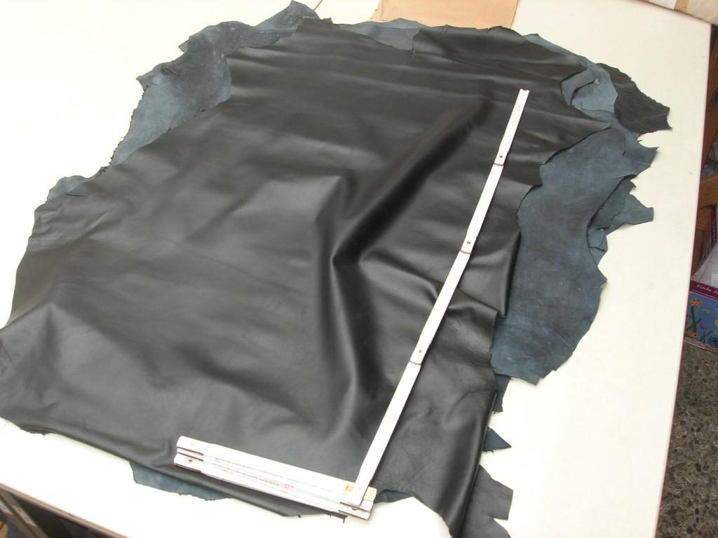 Lammnappa schwarz 0,7mm (LNE1831S)