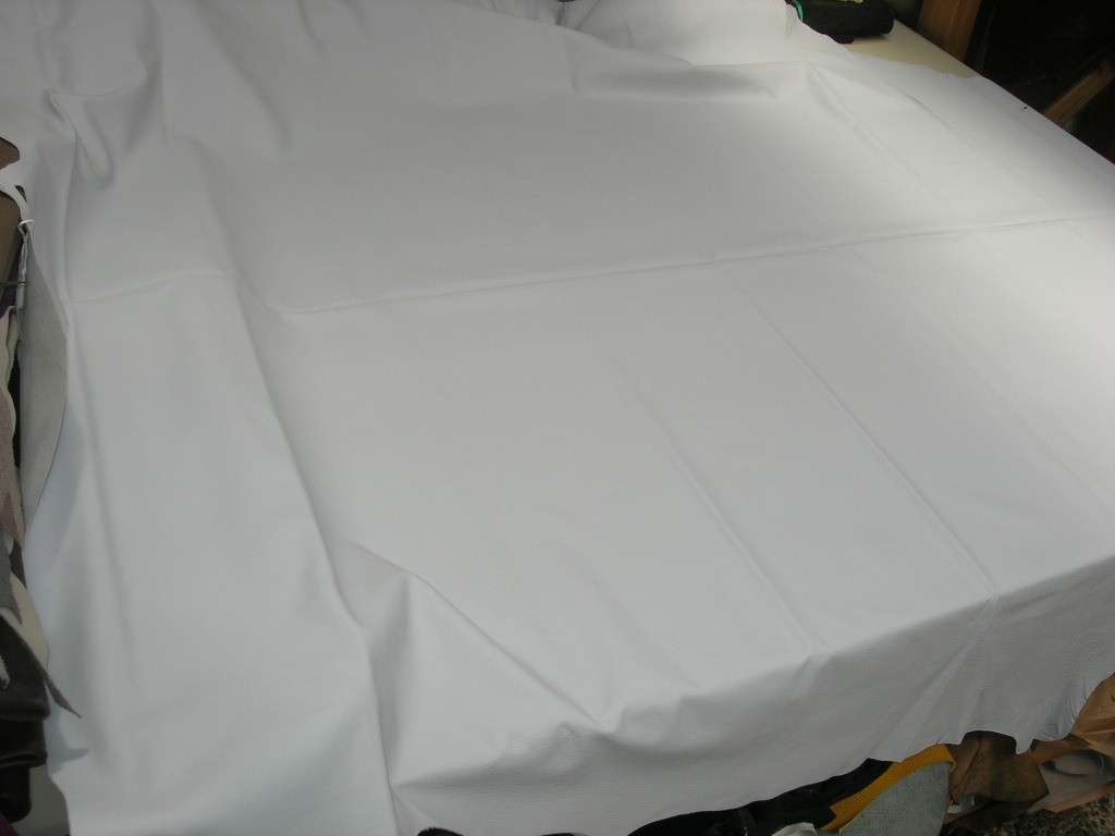 Möbelleder hellgrau 1,2mm semianilin chromfrei (F1614GR2)
