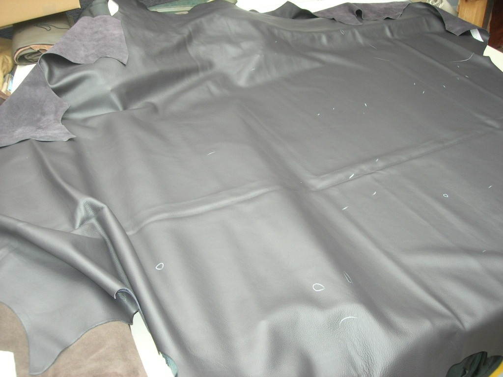 Möbelleder blaulila 1,8mm semianilin (E191150KLI1)