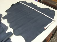 Ziegennappa dunkelblau 1,3 mm weich (O1713KBL)